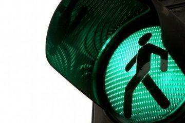 Fußgängerampel – Haftungsverteilung bei Rotlichtverstoß eines Autofahrers