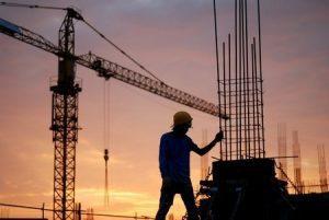 Arbeitnehmer auf Baustelle