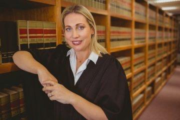 """""""spezialisierte Rechtsanwältin für Arbeitsrecht"""""""