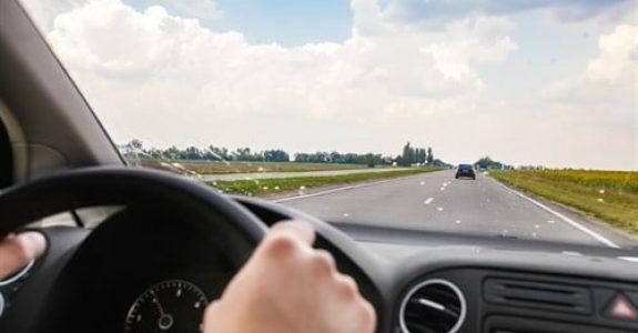 Nötigung bei einem Verhindern des Überholens auf der Autobahn