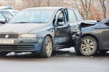 Unfall – Haftungsverteilung bei Geschwindigkeitsüberschreitung des Vorfahrtberechtigten