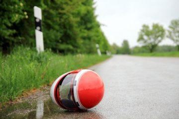 Motorradunfall wegen fehlender Griffigkeit