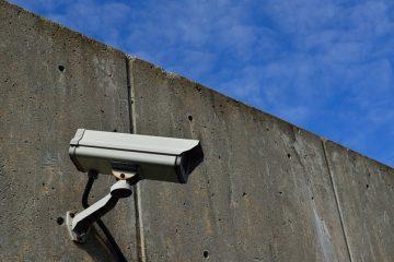 Kameraüberwachung des eigenes Grundstückes zulässig