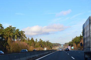 Vertrauensschutz beim Überholen und beim Abbiegen bei unklarer Verkehrslage