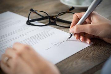 Unfallversicherung: Beweislast für Unterschriftsfälschung