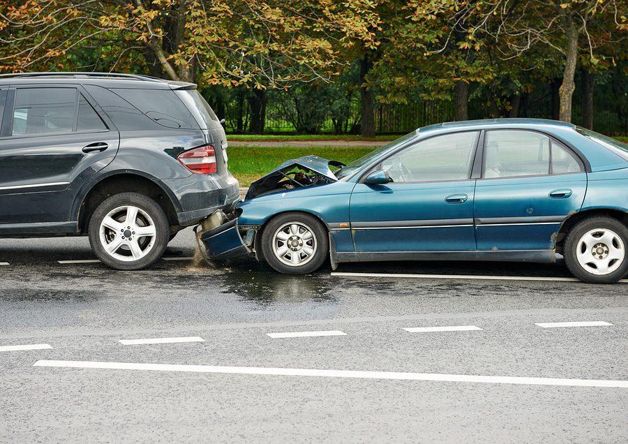 Rabattverlust bei Rückstufung in der Fahrzeug-Vollkaskoversicherung - Klageart