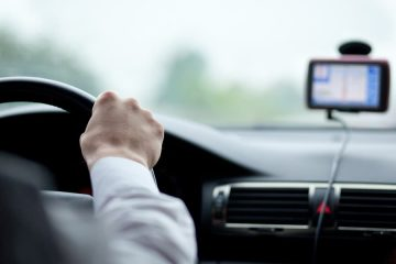 Verkehrsunfall: Einnicken am Steuer und grobe Fahrlässigkeit