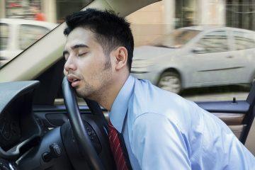 Verkehrsunfall durch Einschlafen am Steuer grob fahrlässig?