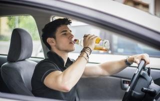 Fahrlässiges Handeln wegen Trinken am Steuer