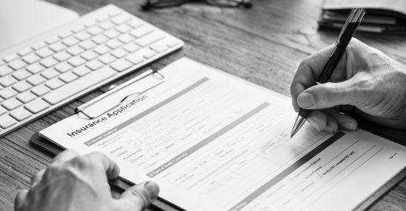 Krankentagegeldversicherung: Rücktritt des Versicherers falscher Beantwortung der Gesundheitsfragen