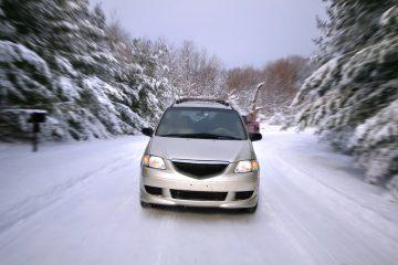 Schnee- und Eisglätte – Fahrzeugführer darf nur noch Schrittgeschwindigkeit fahren