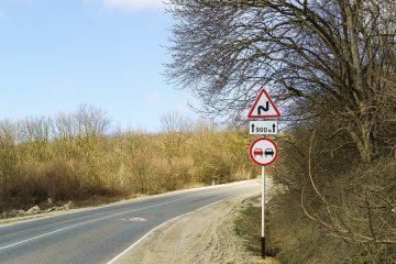 Verkehrsunfall: Schutzzweck von Überholverboten