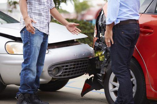 Vorfahrtsverletzung - Unfallhaftung beim Einfahren in vorfahrtsberechtigte Straße