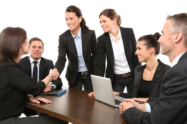 Berechtigung zur Teilnahme an Eigentümerversammlung und Stimmrecht