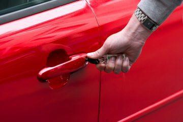 Verkehrsunfall: Erstattungsfähigkeit von Mietwagenkosten