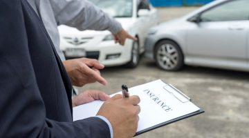 Verkehrsunfall: Schmerzensgelderhöhung bei unangemessenen Abfindungsgebot der gegnerischen Kfz-Haftpflichtversicherung