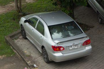 Fahrzeugunterstellung über mehrere Jahre – Eigentumsaufgabe