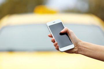 Mobilfunktelefon für Dritten aus Auto geholt und beschädigt – Haftung