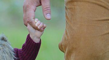 Vaterschaftsfeststellung: Auskunftsanspruch des Kindes über die Identität eines Samenspenders