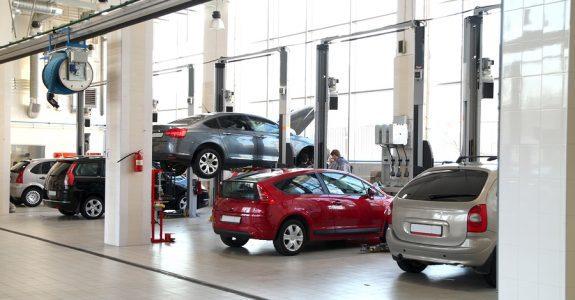 Verkehrsunfall: Kein Verweis auf Alternativwerkstatt bei fiktiver Abrechnung mit ortsüblichen Löhnen