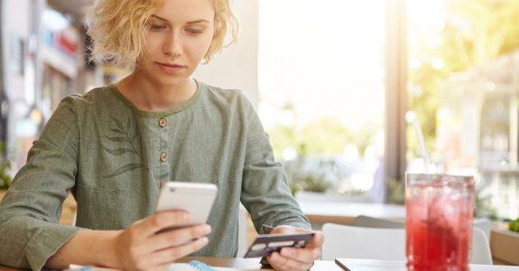 Mobilfunkvertrag mit Handyvertrag – einheitliches Rechtsgeschäft