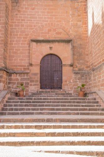 Außentreppe einer Kirche - Verkehrssicherungspflichtverletzung