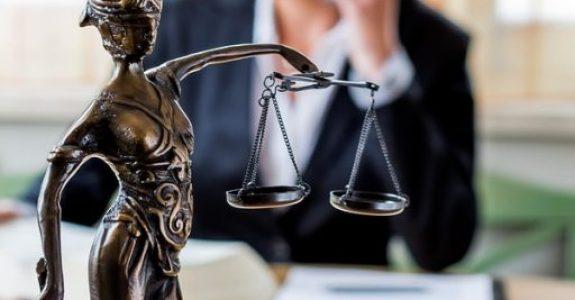 Reiserücktrittsversicherung: Leistungspflicht bei bevorstehendem Tod eines nahen Angehörigen
