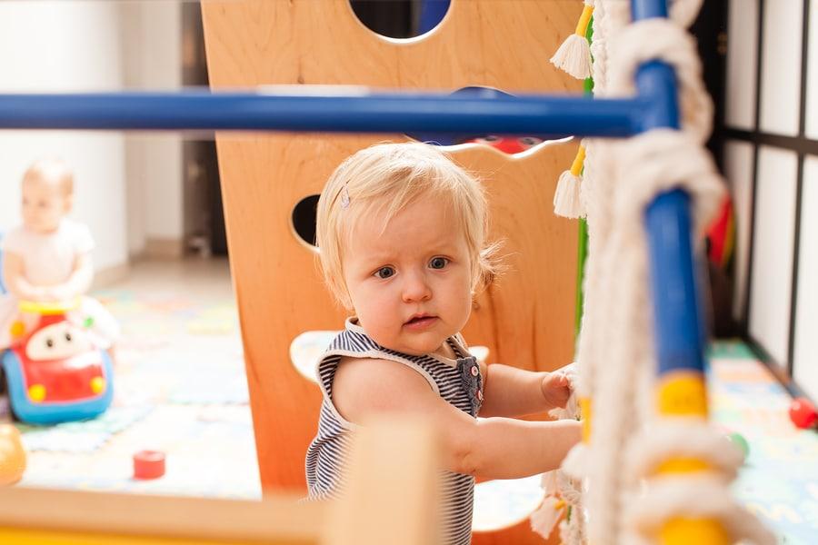 Schadenersatzanspruch von Erziehungsberechtigten wegen fehlendem Kinderkrippenplatz