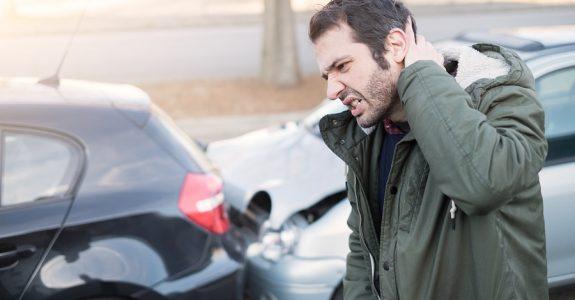 Verkehrsunfall: Schmerzensgeld für eine Verletzung der HWS