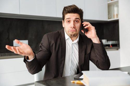 Mobilfunkvertrag: Stillschweigende außerordentliche Kündigung durch das Mobilfunkunternehmen