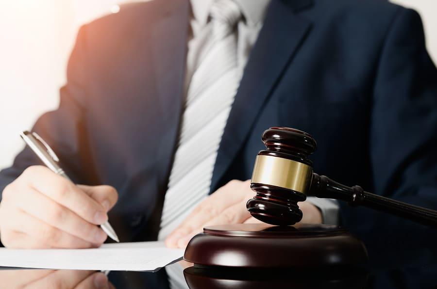 Strafverfahrenseinstellungen nach § 153a StPO und gewerberechtliche Zuverlässigkeit