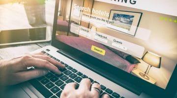 Hotelstornierung – Wirksamkeit einer Stornopauschale von 100 % des Zimmerpreises