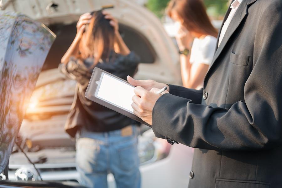 Verkehrsunfall in Ausland: Zustellungsvollmacht des Regulierungsbeauftragten