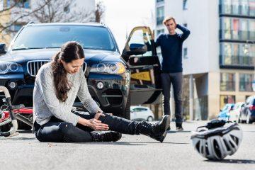 Verkehrsunfall: Schmerzensgeld bei multiplen Frakturen im Beinbereich und langwierigem Heilungsprozeß