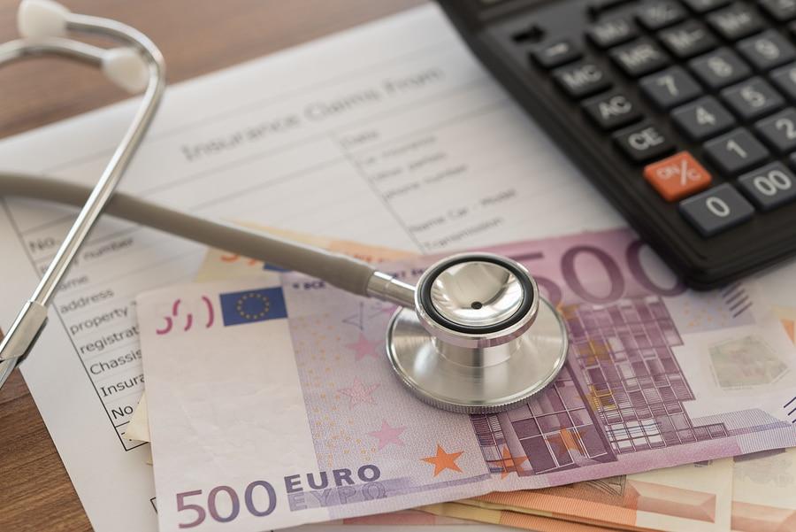 Private Krankenversicherung - Leistungspflicht bei Eintritt der gesetzlichen Unfallversicherung
