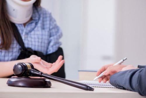 Berufsunfähigkeitsversicherung: Beamtenklausel - Vermutung der Berufsunfähigkeit