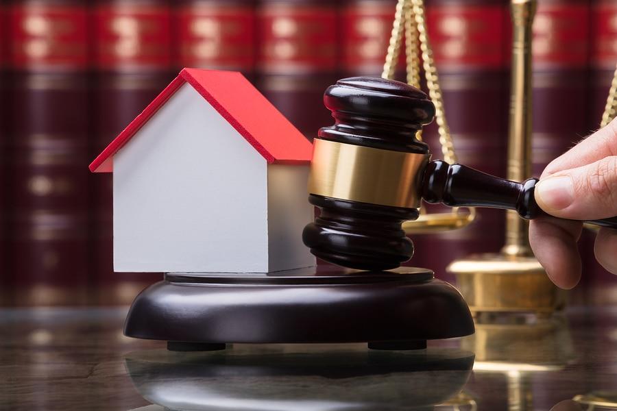 Verurteilung des Vermieters zur Mängelbeseitigung – Vollstreckung des Urteils