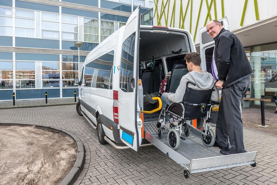 Verkehrsunfall - Rezept- und Fahrtkosten als Behandlungskosten – 30jährige Verjährungsfrist?