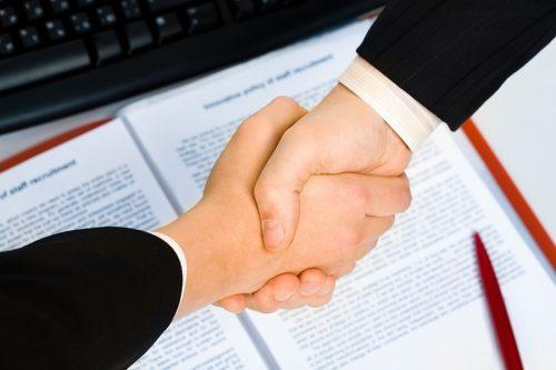 Factoringvertrag - Rücktrittsklausel vom Forderungskauf zulässig?