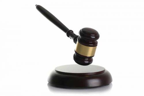 Klageerhebung gegen eine verstorbene Partei - Verjährungshemmung
