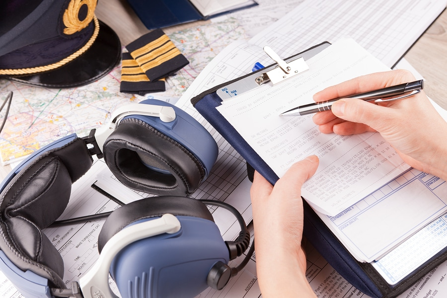 Luftfahrzeugführererlaubnis - Widerruf bei Verstößen gegen (Straßen-)Verkehrsvorschriften