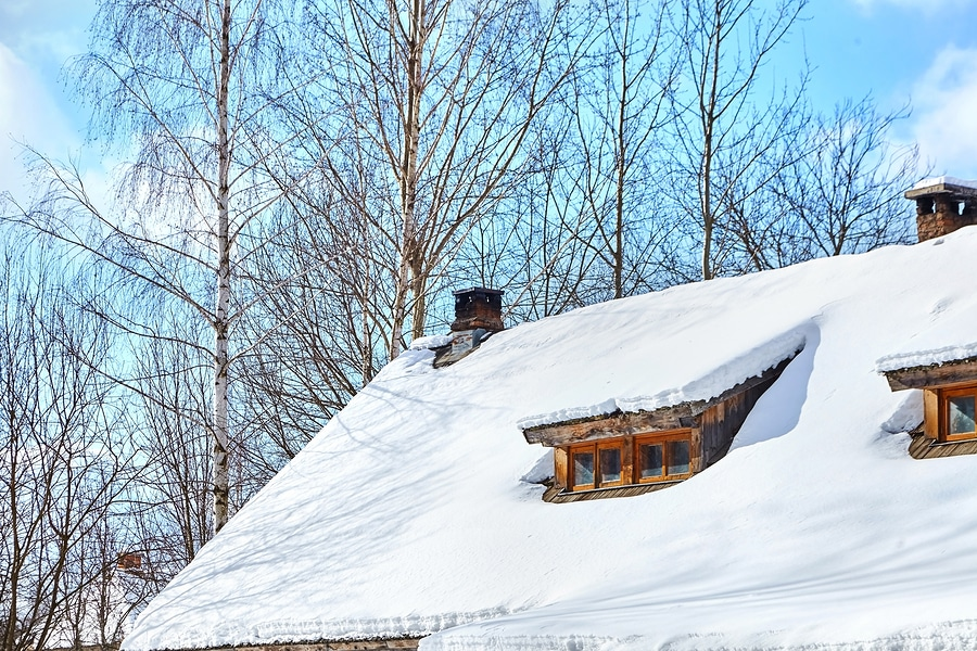 Dachlawine - Haftung des Hauseigentümers für Schäden an einem geparkten Pkw