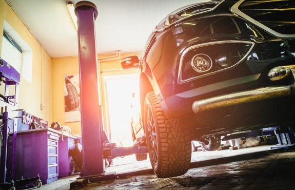 Verkehrsunfall: höherer Herstellungsaufwand bei einer Kraftfahrzeugreparatur
