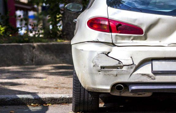 Fahrerlaubnisentziehung - Grenze für bedeutenden Sachschaden 1500 Euro