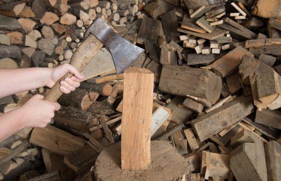 Mietvertragskündigung wegen Brennholzlagerung mit Genehmigung des Vorvermieters