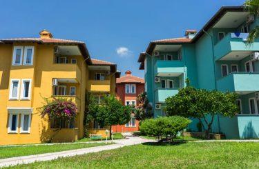 Gewährleistungsanspruch - Hotelgrundstück bei fehlender Bau- bzw. Betriebsgenehmigung