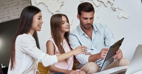 Reisevertrag: Kostenersatz für Urlaubsvertretung nach Reiseabsage
