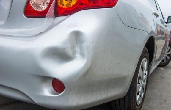 Kfz-Haftpflichtversicherung - Regress nach Unfallflucht nicht immer!