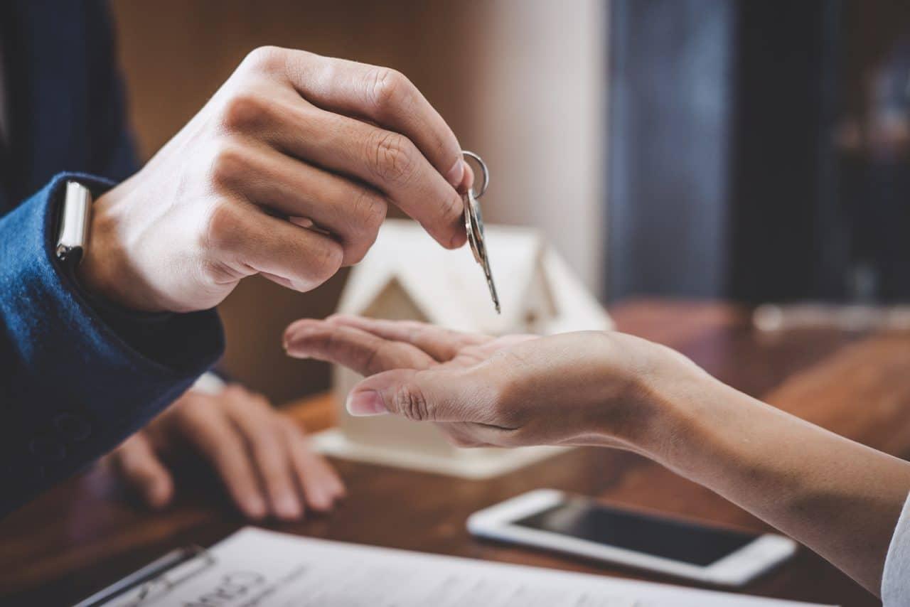 Mietvertrag – Eigentumsübertragung des Mietobjekts – Verpflichtung aus dem Mietvertrag