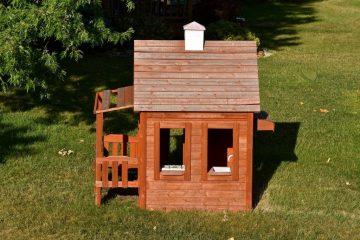 Grunddienstbarkeit – Beeinträchtigung durch Errichtung eines Kinderspielhauses in Grenznähe